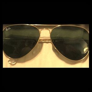 Classic Ray Ban Aviator Sun Glasses